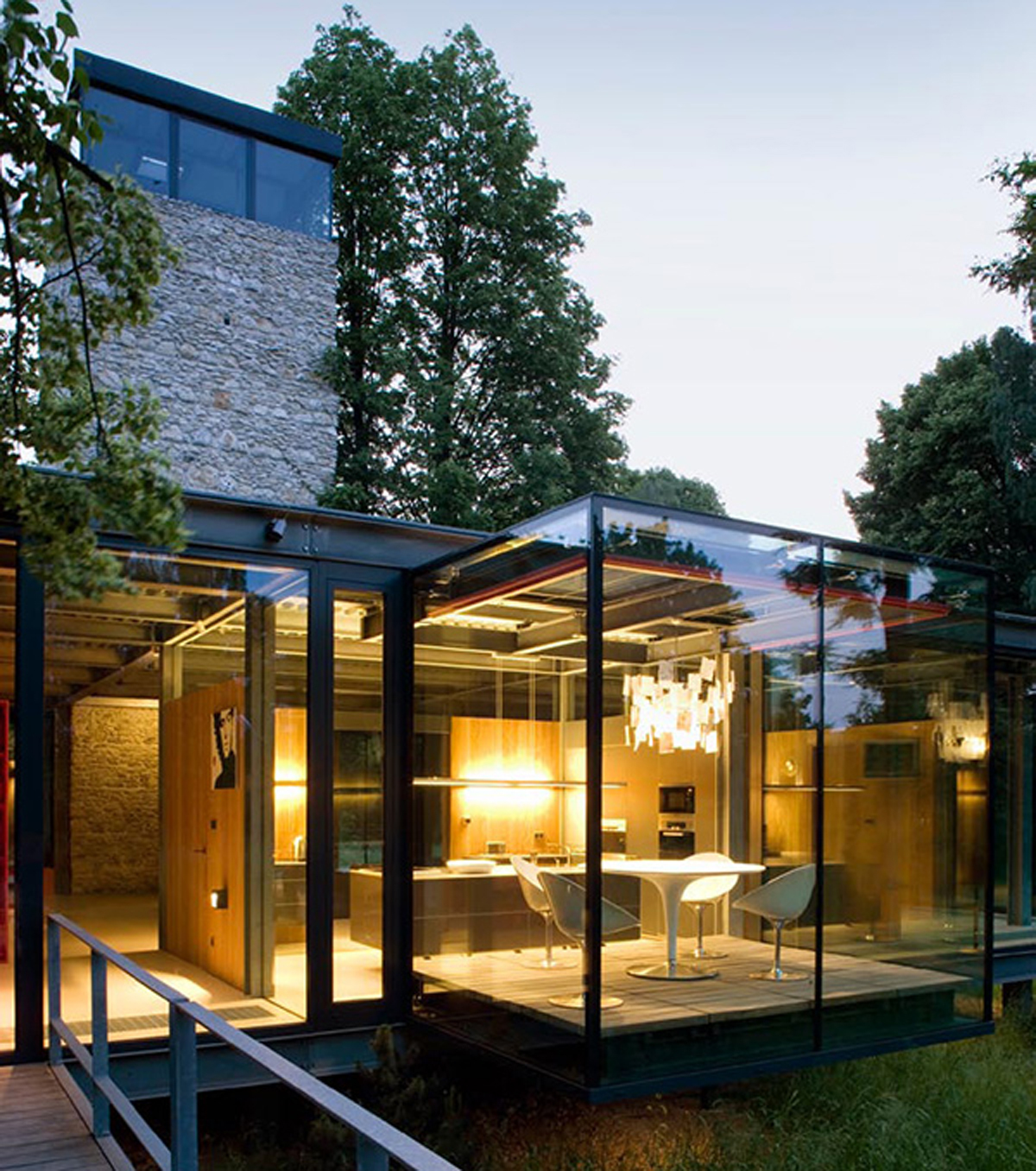 10 home architecture photos we love logomyway blog for Modern glass house floor plans